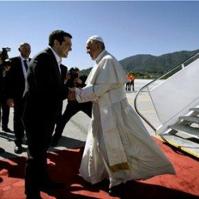Τσίπρας στον Πάπα Φραγκίσκο: Ο ελληνικός λαός έδειξε ανθρώπινο πρόσωπο και αλληλεγγύη-«Η Ελλάδα εξακολουθεί να δίνει το παράδειγμα της ανθρωπιάς» είπε ο προκαθήμενος της ΡωμαιοκαθολικήςΕκκλησίας