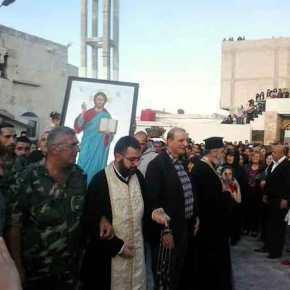 Οι ελληνορθόδοξοι της Εθνικής Άμυνας υψώνουν το Χριστό και το λάβαρο τηςΑντίστασης!