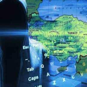 Χάκερς διέλυσαν τις τουρκικές υπηρεσίες ασφαλείας: «Φύλλο και φτερό» τα προσωπικά δεδομένα 50 εκατ. πολιτών και των Ερντογάν-Νταβούτογλου