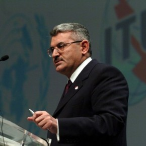 Ο Μπιναλί Γιλντιρίμ νέος πρωθυπουργός τηςΤουρκίας