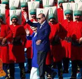 ΦΙΕΣΤΑ ΕΡΝΤΟΓΑΝ ΓΙΑ ΤΗΝ ΑΛΩΣΗ ΤΗΣ ΠΟΛΗΣ: Νέο-Οθωμανικό παραλήρημα από τον «σουλτάνο»: «Η Άλωση είναι εκδίκηση»(ΦΩΤΟ-ΒΙΝΤΕΟ)