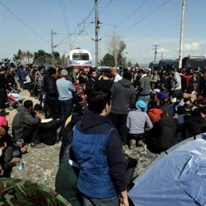 Ειδομένη: Η επιχείρηση εκκένωσης από το ελικόπτερο τηςΕΛ.ΑΣ.