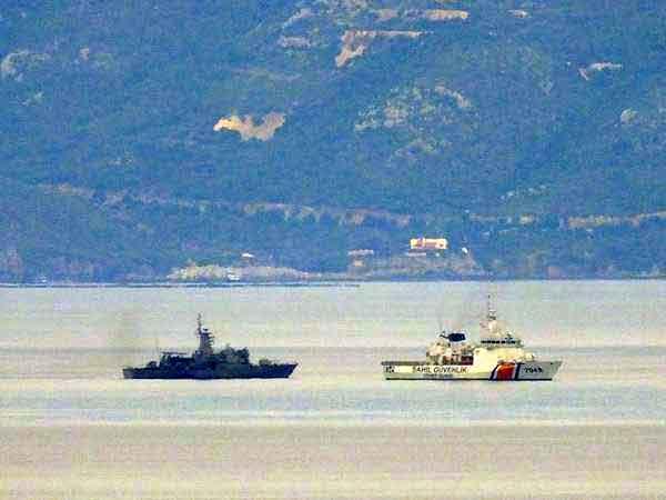 oinousses_turkish_coastguard_greek_warship