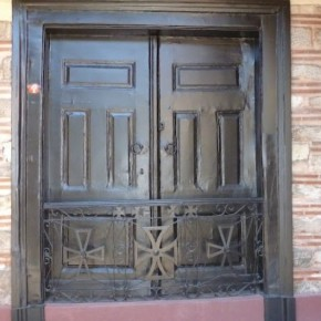 Οικουμενικό Πατριαρχείο: Γιατί είναι σφραγισμένη εδώ και 195 χρόνια η κεντρικήπύλη;
