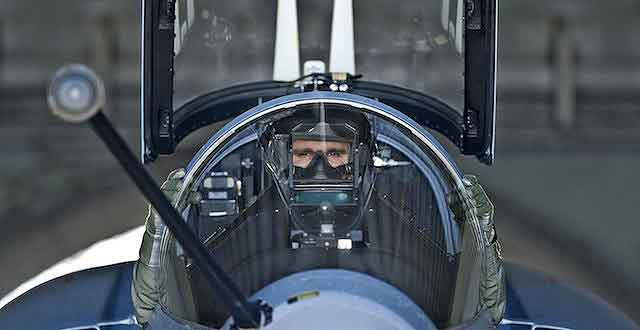 pilots_m_2000_01-640x330