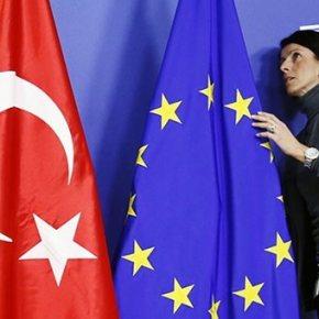 FT: Η ΕΕ προτείνει απελευθέρωση θεωρήσεων για την Τουρκία, αλλά με κρίσιμουςαστερίσκους