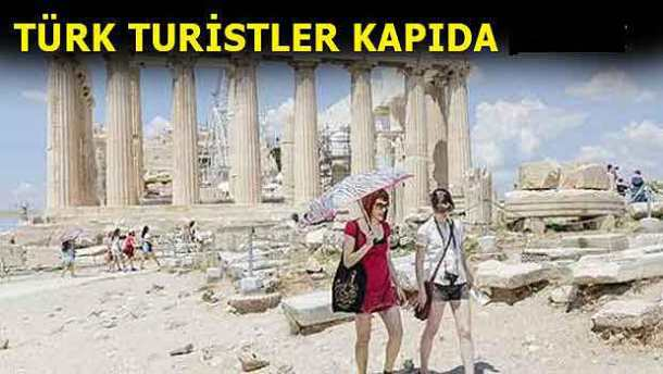 turk-turistler-yunanistanda-kapida-kaldi-2015-07-01_m