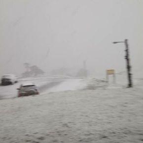 ΑΠΙΣΤΕΥΤΟ! Κι όμως χιονίζει στη Δυτική Μακεδονία Δείτεφωτογραφίες!
