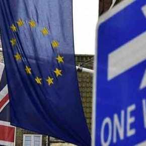 Το «πουλόβερ» της ΕΕ αρχίζει να ξηλώνεται: Έως και 7% μπροστά το Brexit – Υπέρ της εξόδου η«Sun»