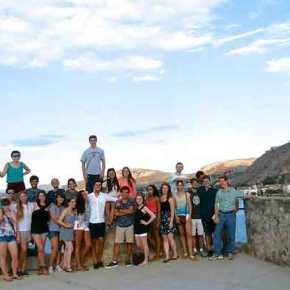 ΑΥΤΟΙ ΕΙΝΑΙ ΟΙ ΩΡΑΙΟΙ ΕΛΛΗΝΕΣ! Μαθητές από τα ελληνικά σχολεία του εξωτερικού τραγουδούν πατριωτικό τραγούδι(βίντεο)