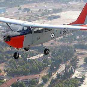 Νέο εκπαιδευτικό αεροσκάφος για αντικατάσταση του Τ-41! Προκηρύχθηκεδιαγωνισμός