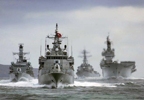 turkish_navy___turk_deniz_kuvvetleri_by_jestemturk-d5shpkz