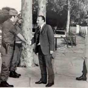 ΚΥΠΡΟΣ ΑΤΤΙΛΑΣ 1974: Ο Διοικητής των υπερασπιστών της Λευκωσίας Δ. Αλευρομάγειρος στοMilitaire