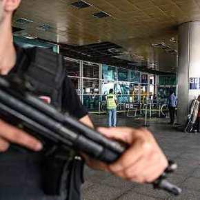 Το αεροδρόμιο στο Ντιγιαρμπακίρ δέχθηκε επίθεση με ρουκέτες-Σε γενική επίθεση εναντίον των Τούρκων ΡΚΚ και YPJ(ΒΙΝΤΕΟ)