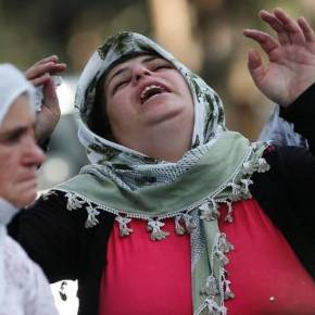 ΔΙΑΜΕΛΙΣΜΕΝΟΙ ΟΙ ΠΕΡΙΣΣΟΤΕΡΟΙ ΚΑΛΕΣΜΕΝΟΙ Σκηνές- σοκ από τον ματωμένο γάμο στη Τουρκία λίγα λεπτά μετά τη βομβιστικήεπίθεση!