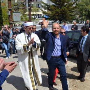 ΜΗΝ ΤΟΛΜΗΣΤΕ ΠΡΟΒΟΚΑΤΣΙΑ ΣΤΗΝ ΘΡΑΚΗ-Ο Ερντογαν πούλησε τον άνθρωπό του Αχμέτ Μετε και μπήκε στην «λίσταΓκιουλέν»