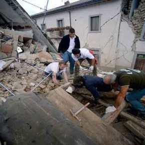 EKTAKTO: Φονικός σεισμός 6,2 Ρίχτερ στην Ιταλία – Δήμαρχος Αματρίτσε: «Tο μισό χωριό δεν υπάρχει πια» (φωτό, vid)(upd)
