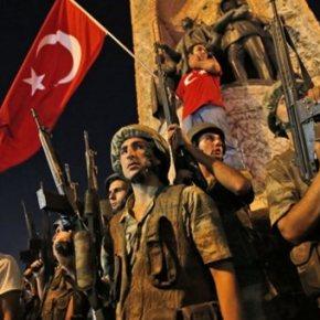 Ακόμα 311 πραξικοπηματίες ψάχνει η Τουρκία καθώς συνεχίζεται η εκκαθάριση στοστρατό