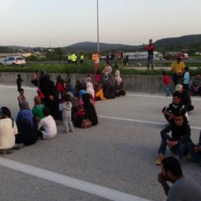 Καθιστική διαμαρτυρία προσφύγων στηνΕγνατία