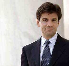 ΕΡΧΕΤΑΙ ΣΤΗΝ ΕΛΛΑΔΑ: Γιατί επιστρέφει ο Τζορτζ Στεφανόπουλος στα πάτριαεδάφη