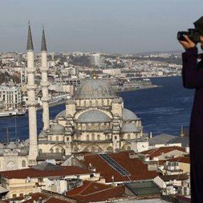 Καταβαράθρωση του τουρκικού τουρισμού πριν το πραξικόπημα -Σύμφωνα με τα νεότερα στοιχεία που έδωσε στη δημοσιότητα το υπουργείο Τουρισμού, τον Ιούνιο η Τουρκία δέχτηκε σχεδόν 41% λιγότερους τουρίστες σε σχέση μεπέρυσι.