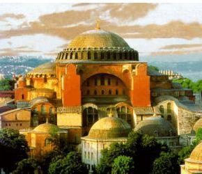 Καταδικάζει η Κομισιόν την προσπάθεια των Τούρκων να μετατρέψει την Αγία Σοφία σετζαμί