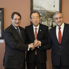 Ξεκίνησε στη Νέα Υόρκη η τριμερής συνάντηση για τοΚυπριακό
