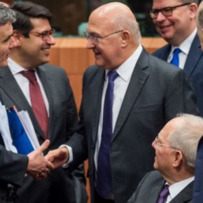 Προαπαιτούμενα και χρέος στην ατζέντα τουEurogroup
