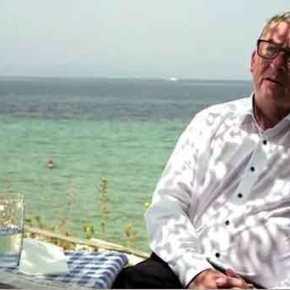 Θέμα νομίσματος έθεσε έμμεσα αλλά με σαφήνεια ο Ζ.Κ.Γιούνκερ σε συνέντευξή του στην FAZ μέσα από… ελληνική ταβέρνα!(vid)