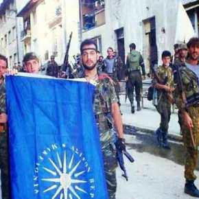 Ντοκουμέντο: Οι Έλληνες μαχητές που σήκωσαν τηv γαλανόλευκη στη μάχη της Σρεμπρένιτσα…
