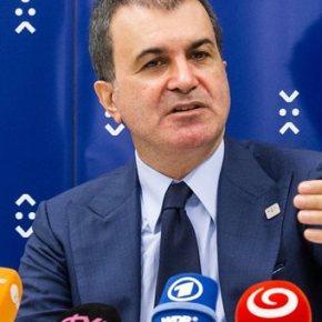 Η Τουρκία φαίνεται να υποχωρεί από τις απειλές σχετικά με τοπροσφυγικό