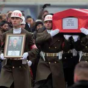 Επίθεση των Κούρδων σε τουρκικό στρατόπεδο στο Tendürek – Σκοτώθηκαν 28 στρατιώτες!(βίντεο)
