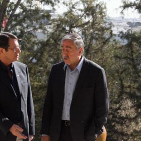 Ακιντζί για το δικαίωμα νόμιμης διαμονής των Ελληνοκυπρίων Για την συνάντηση που είχε με τον Νίκο Αναστασιάδη μίλησε ο Τουρκοκύπριος ηγέτης ΜουσταφάΑκιντζί,