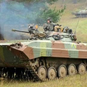 ΟΙ ΔΥΣΚΟΛΕΣ ΕΠΟΧΕΣ ΘΕΛΟΥΝ ΣΟΒΑΡΕΣ ΠΟΛΙΤΙΚΕΣ ΑΠΟΦΑΣΕΙΣ Ρωσική προσφορά για δωρεάν παροχή 200 μεταχειρισμένων ΤΟΜΑ BMP-2! – Ζητείται πολιτική λύση στο αμυντικόαδιέξοδο