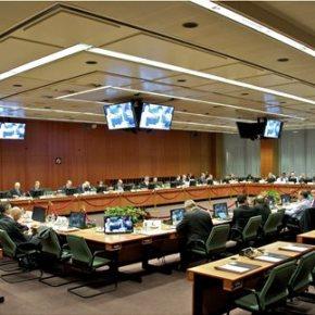 Ανάβει «πράσινο» για την εκταμίευση της υποδόσης των 2,8 δισ. ευρώ ΙΚΑΝΟΠΟΙΗΣΗ ΚΟΜΙΣΙΟΝ ΕΝ ΟΨΕΙ ΤΟΥ EUROGROUP ΤΗΣΔΕΥΤΕΡΑΣ