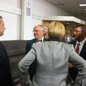 Wikileaks για την συνάντηση Κάρτερ-Καμμένου που αναβλήθηκε! Τιγράφουν