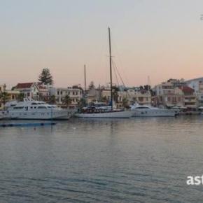 Ελεύθεροι οι έξι Έλληνες ψαράδες που κρατήθηκαν στηνΤουρκία