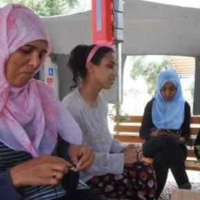 Σύσκεψη στο Μαξίμου για το προσφυγικό: Θα αποσυμφορηθεί ηΛέσβος