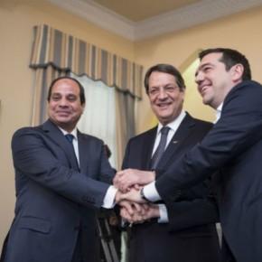 Στην Αίγυπτο με ευρεία ατζέντα ο Αλ.Τσίπρας