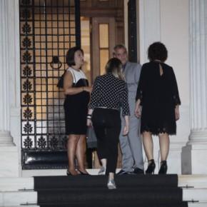 Τσίπρας σε βουλευτές: Υπομονή ως τον… Δεκέμβριο – ΑποθέωσεΚαμμένο