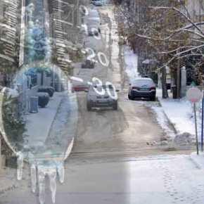 ΣΥΜΒΑΙΝΕΙ ΤΩΡΑ! Χιονίζει στηνΑττική!!!