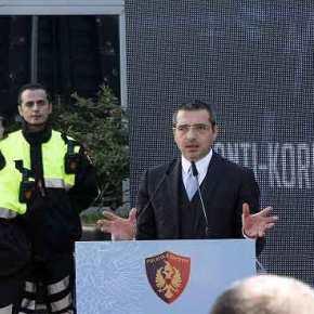 Κάτι «βρωμάει»: Οι Τούρκοι «ντύνουν» την αλβανικήαστυνομία!