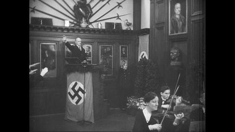 667605712-gustav-krupp-von-bohlen-und-halbach-inauguration-starting-orchestra-hitler-salute