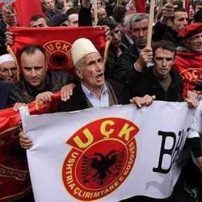 """Ανθελληνική στάση από την Κομισιόν: Έπαινοι από τους """"ευρωπαίους εταίρους"""" για την Αλβανία που γκρεμίζει τα σπίτια τωνΒορειοηπειρωτών"""