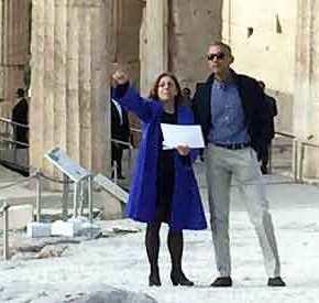 ΔΕΙΤΕ ΖΩΝΤΑΝΑ – Στον ιερό βράχο της Ακρόπολης ο Μπαράκ Ομπάμα – Οι πρώτες τουφωτογραφίες