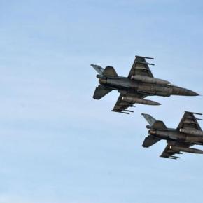Γιορτή Πολεμικής Αεροπορίας: Εντυπωσίασε η επίδειξη στο Φάληρο –ΦΩΤΟ