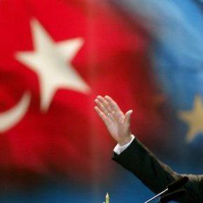 """Η ΕΕ """"έκοψε"""" τα κονδύλια για την ένταξη της Τουρκίας και τα χρησιμοποιεί γιαπρόσφυγες!"""
