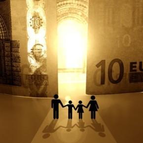 Τα έσοδα έφεραν πλεόνασμα-«μαμούθ» 6,5 δισ.ευρώ