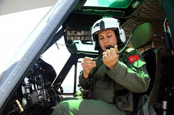 turkish-navy-tu%cc%88rk-pilot-female-soldiers