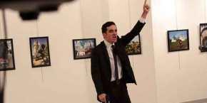 """""""CASUS BELLI για τη Ρωσία η δολοφονία του πρέσβη στην Τουρκία""""! Τι φώναζε οδράστης"""